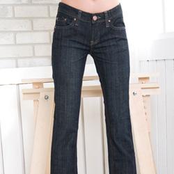 8734船瞄纽扣弧型袖线牛仔裤 m